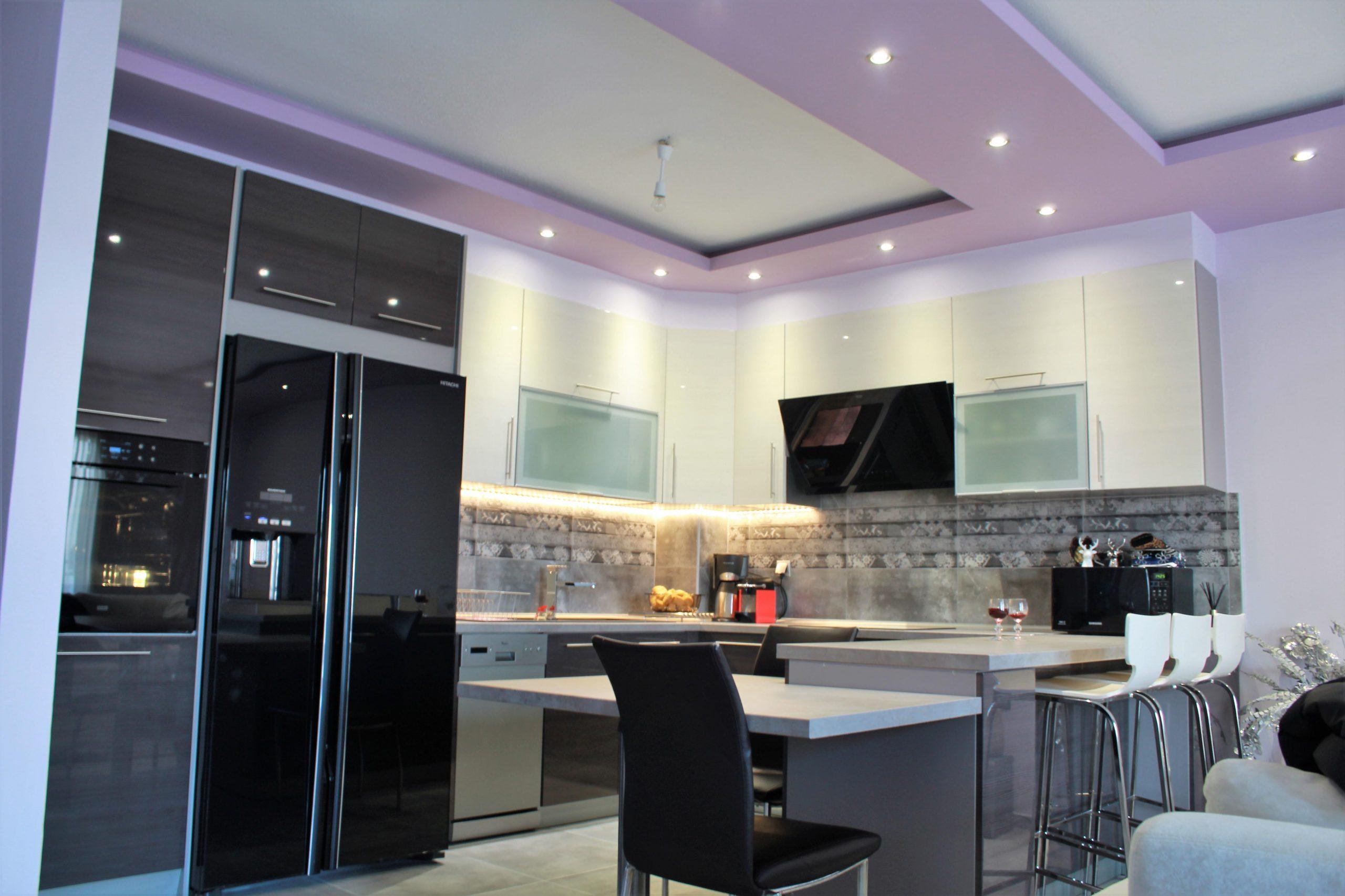 Τοποθέτηση κουζίνας σε διαμέρισμα στην Κοζάνη.