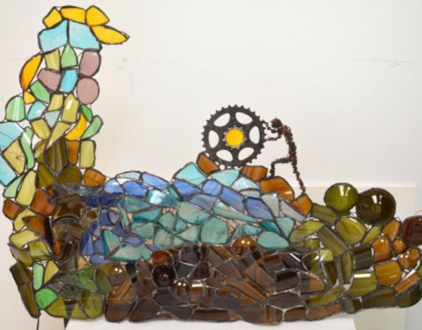 Σύνθεση με γυαλί για το Δημαρχείο Κιλκίς. 1ο βραβείο στο διαγωνισμό ανακύκλωσης ECOTASK 2014